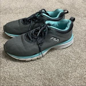 "fila Shoes  Woman's Size 7"" Good"